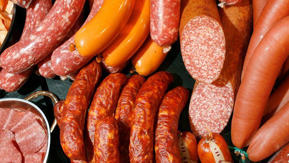 Wursttheke: Geschmacks-, Farb- und Konservierungsstoffe in Nanokapseln sollen dafür sorgen, dass der Brotbelag besser aussieht und nicht so schnell gammelt.