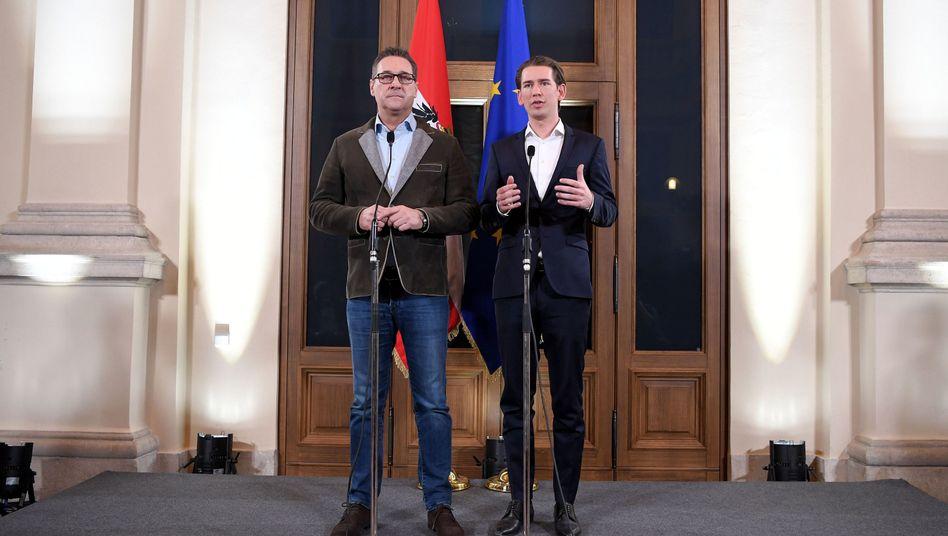 FPÖ-Chef Heinz Christian Strache (links), ÖVP-Chef Sebastian Kurz