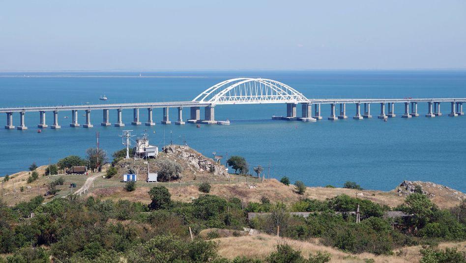 Die Krim-Brücke zwischen der Halbinsel und dem russischen Festland
