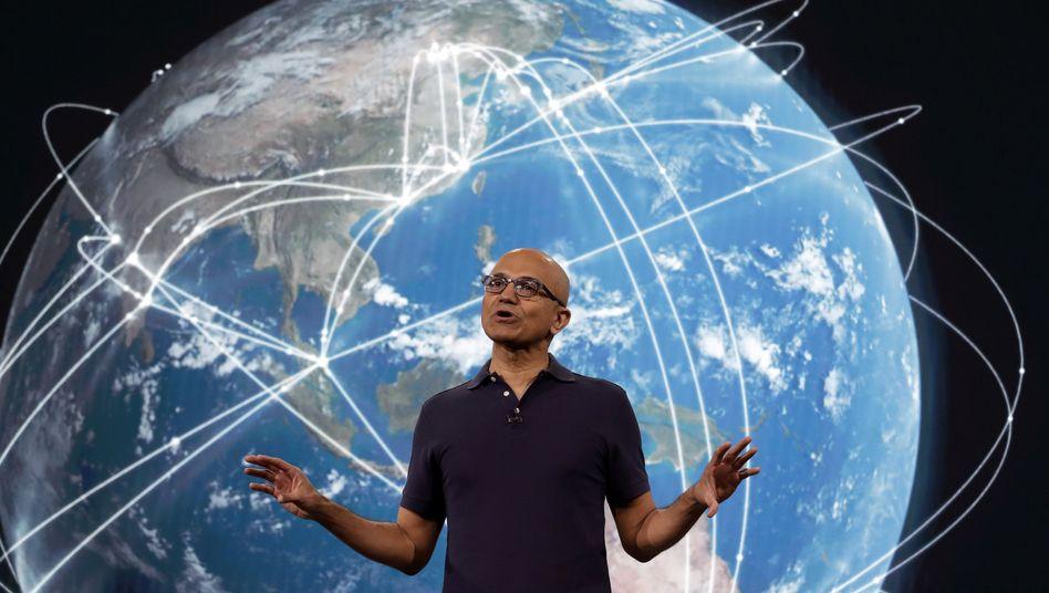 Satya Nadella: Der Microsoft-CEO will sein Unternehmen mehr als CO2-neutral machen