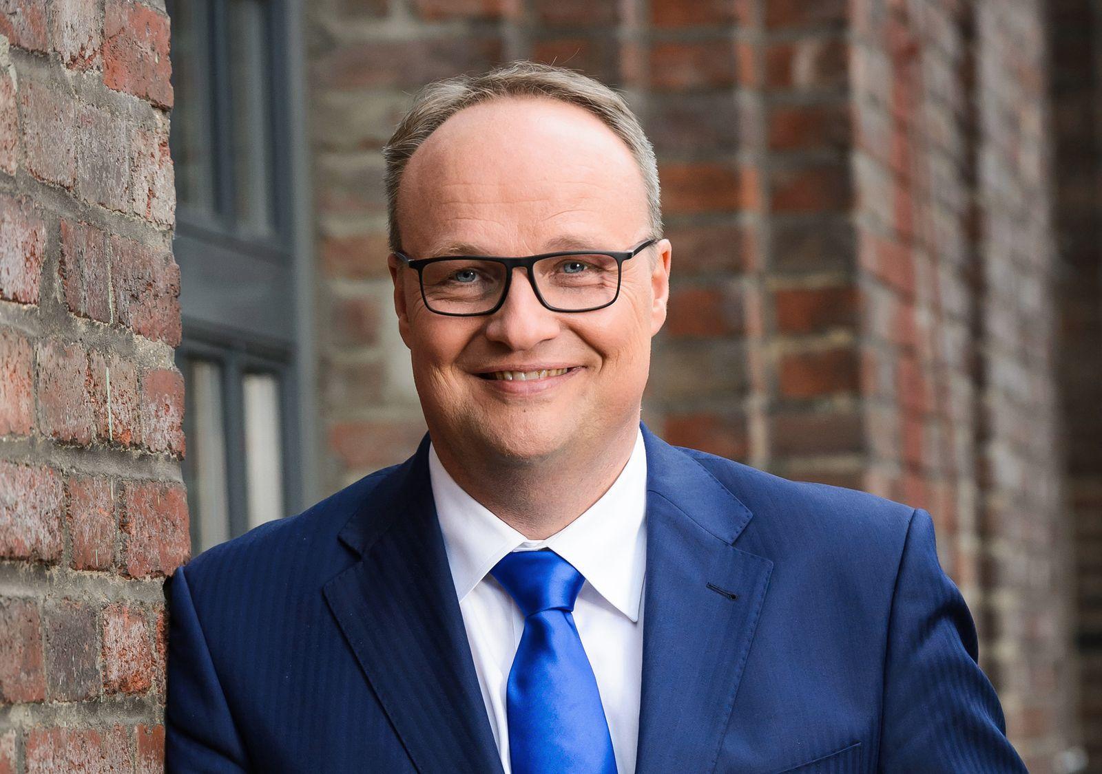 EINMALIGE VERWENDUNG Oliver Welke
