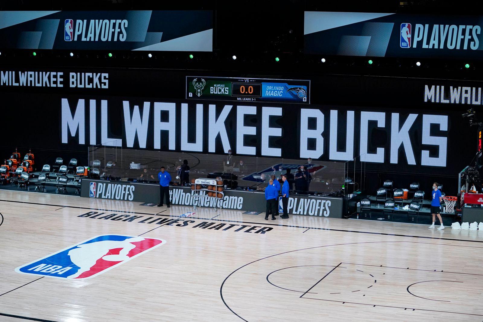 APTOPIX Magic Bucks Basketball