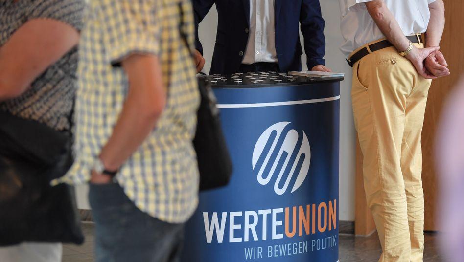 Infostand der Werteunion: CDU-Politiker fordern Konsequenzen nach Thüringer Wahleklat