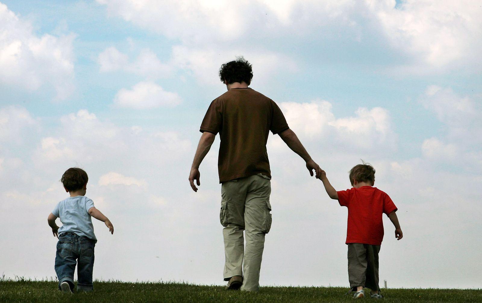 Familie / Kind / Vater / Kinder