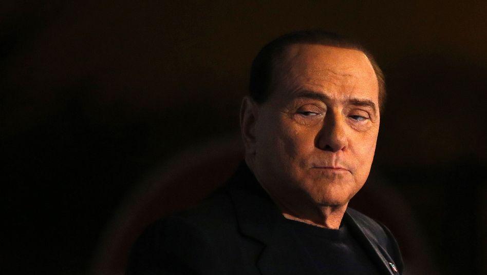 Ex-Regierungschef Berlusconi: Prozess wegen Bestechung von Senatoren