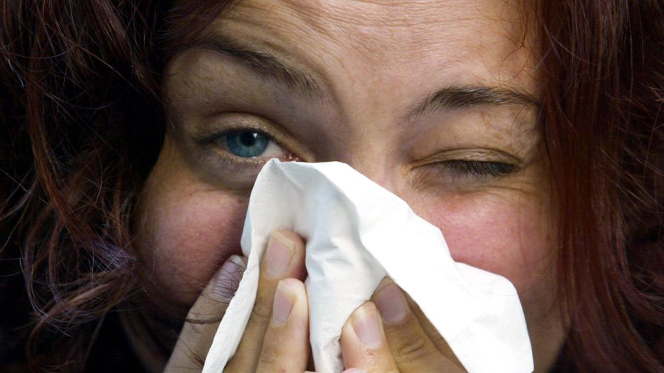 Erkältete Frau: Erhöhtes Risiko für Narkolepsie