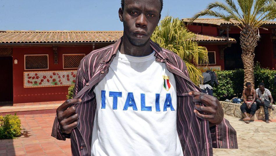 Afrikanischer Flüchtling (auf Sizilien): Wer für ein paar Monate zum Geldverdienen legal nach Europa kann, wird keine teure, illegale Wanderung riskieren