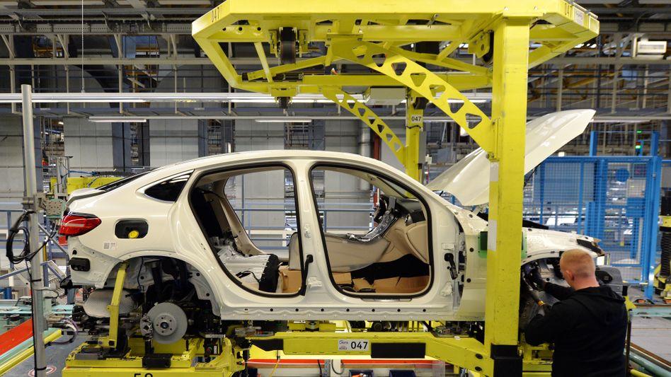 Mercedes-Werk in Bremen: Auf Halbleiter angewiesen