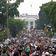 Zehntausende protestieren friedlich gegen Rassismus