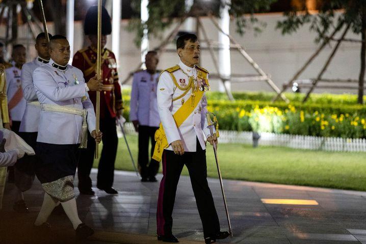 König Maha Vajiralongkorn beim Thailand-Besuch im April 2020: 24-stündiger Trip