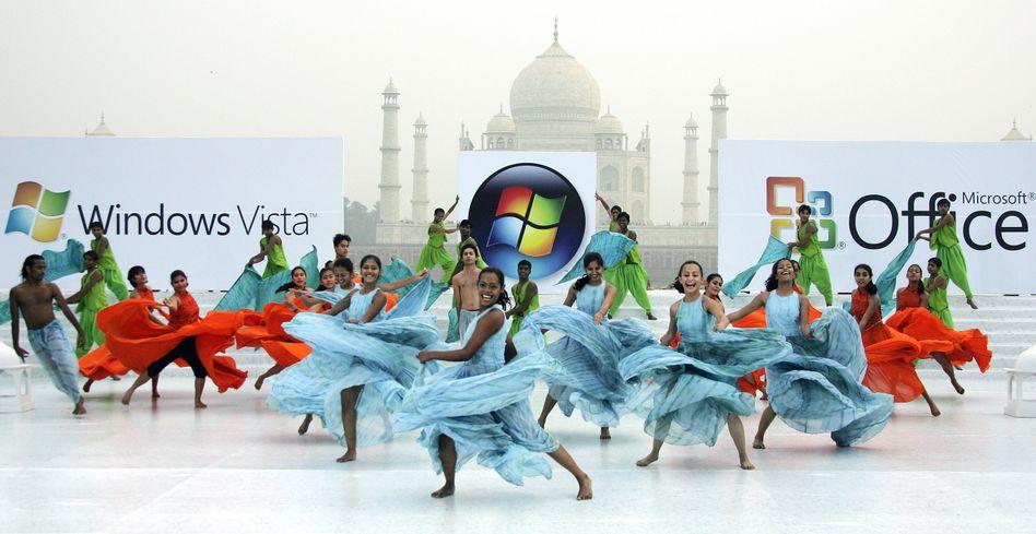 Tanzvorführung bei der Markteinführung von Windows Vista