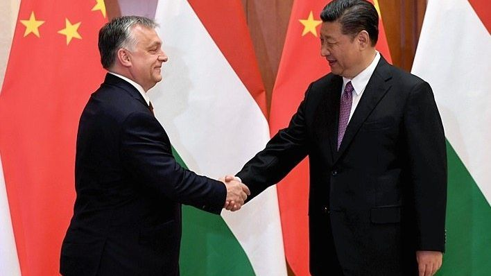 Premier Orbán, Präsident Xi Jinping Eigene Wege