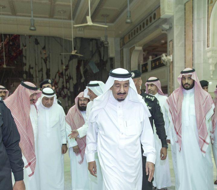 König Salman bin Abdulaziz in Mekka: Verärgerte Reaktionen aus Riad über die BND-Kritik aus Berlin