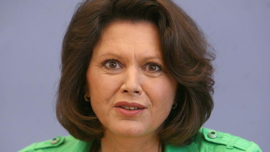 """Ministerin Aigner: """"Längst überfällige Debatte zwischen Verbraucher und Wirtschaft"""""""