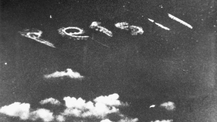 Himmelsschreiber: Aus allen Wolken