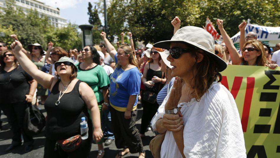 Protest gegen Reformen in Griechenland (Archiv): Erst soll Hollande überzeugt werden