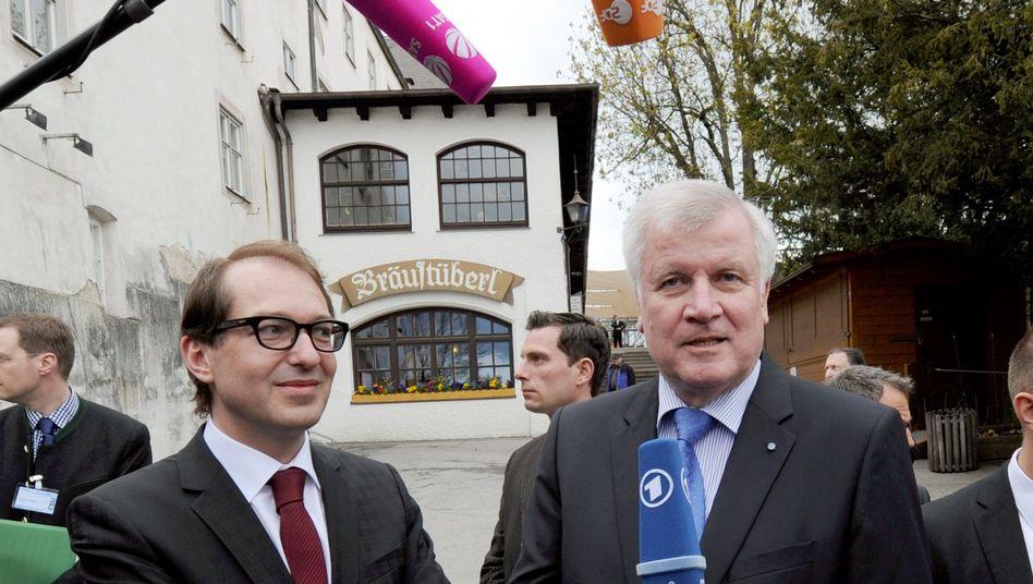 Dobrindt (l.) und Seehofer: Rüffel vom Parteichef