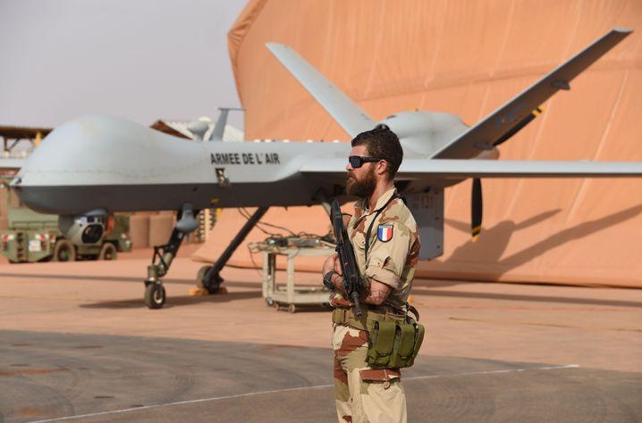 Französische Drohne in Niamey, Niger, 2016