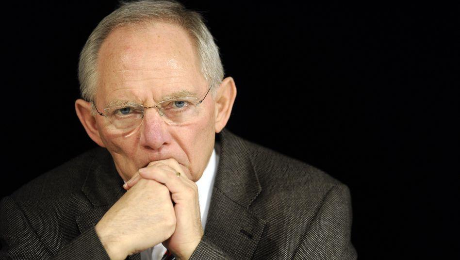 Finanzminister Wolfgang Schäuble: Bald wieder unter der Maastricht-Grenze?