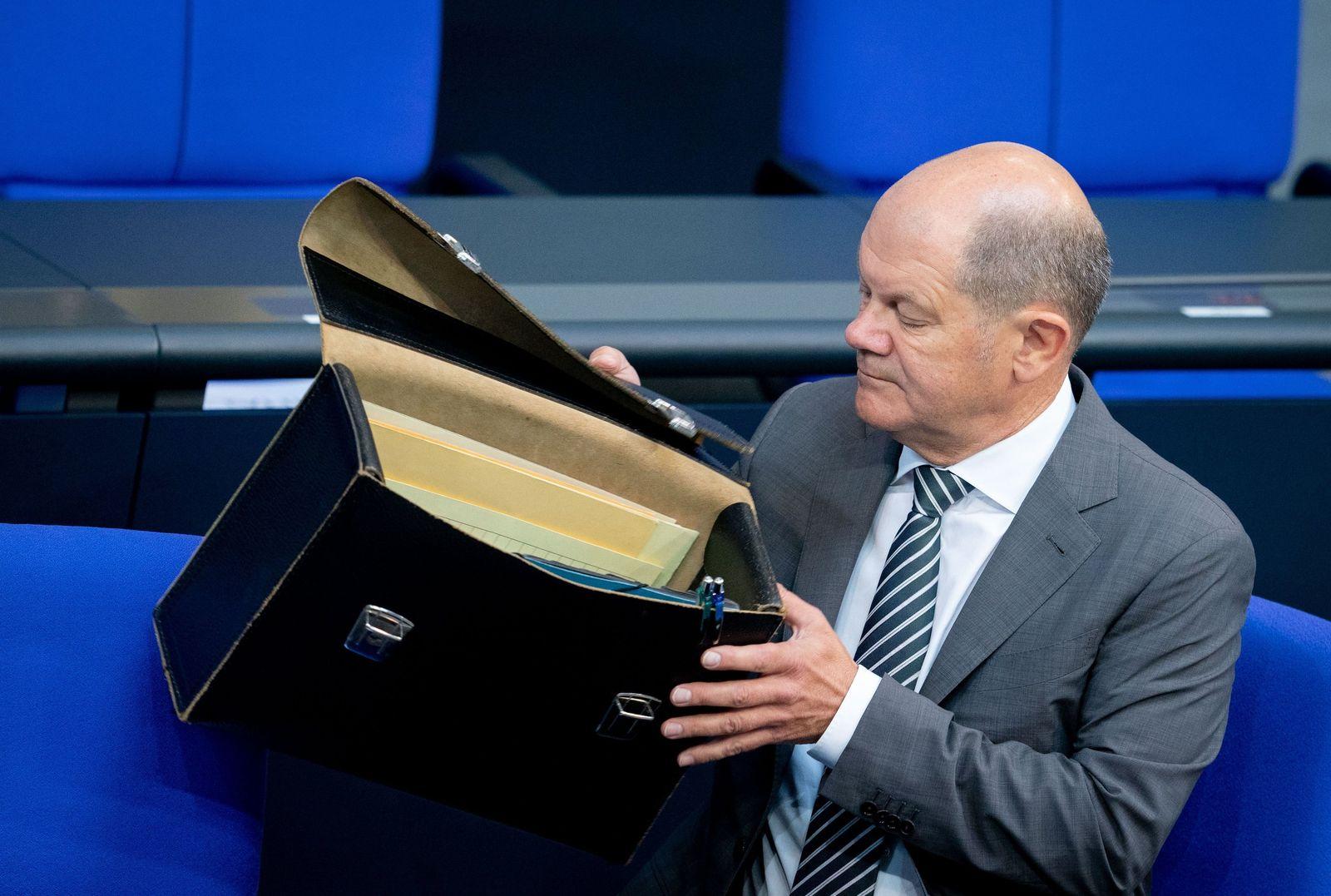 Steuerschätzer mit neuer Prognose für 2021