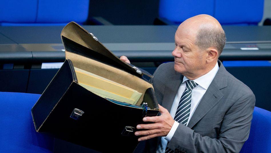 Taschen leer? Am Nachmittag wird die Frühjahrsprognose des Arbeitskreises Steuerschätzung erwartet