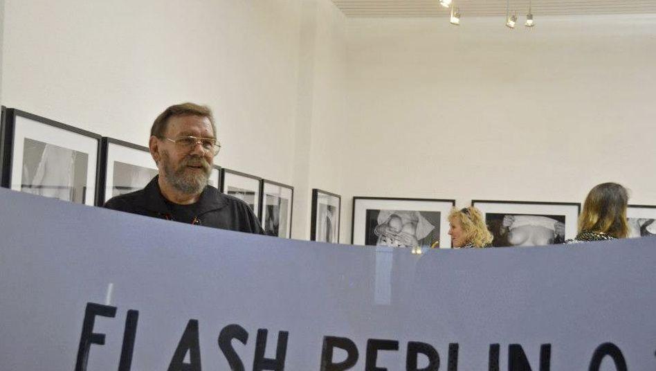 Hans-Jürgen Watzlawek at the Galeria Casablanca, where his breast photos are on display.