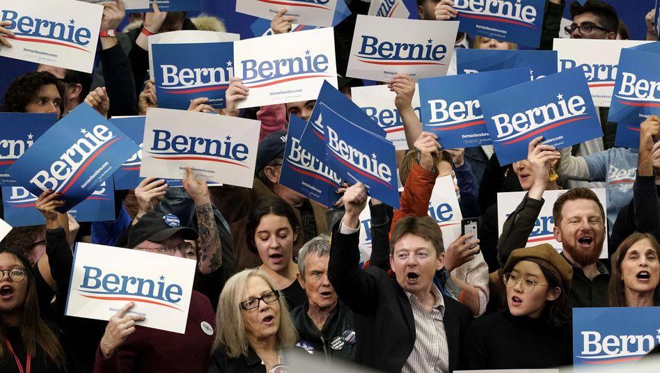 Fans von Bernie Sanders feiern in New Hampshire