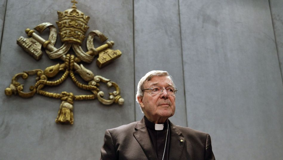 Missbrauchsvorwürfe: Vatikan-Finanzchef legt Amt vorübergehend nieder