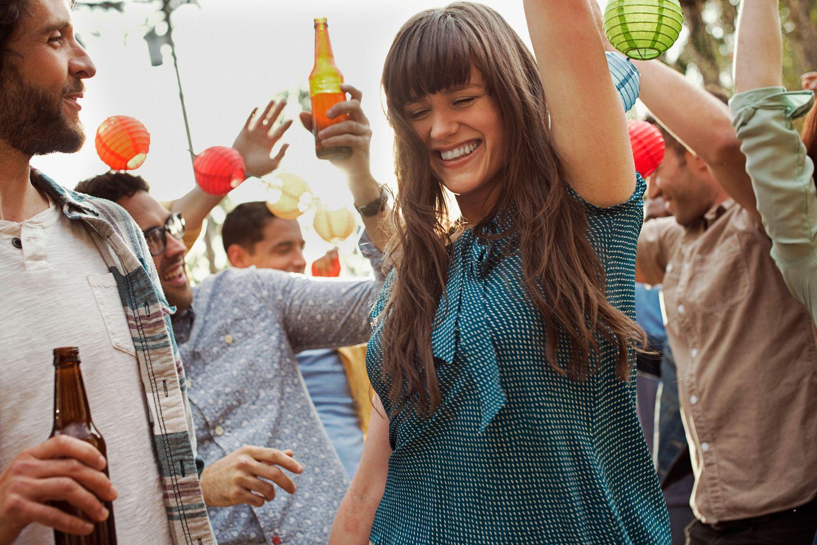 NICHT MEHR VERWENDEN! - Party / Trinken / Tanzen / Studenten