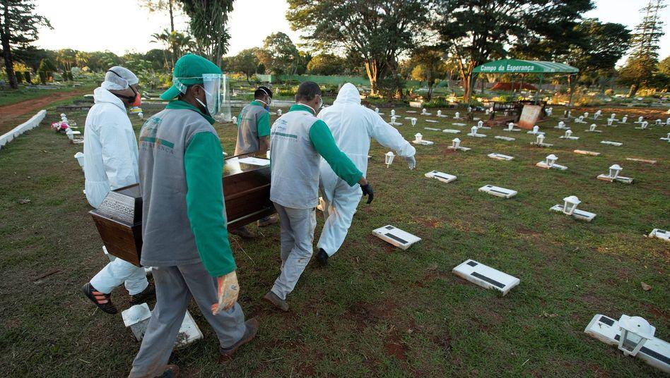 Friedhof in Brasilia: Mehr als 21.000 Todesf??lle