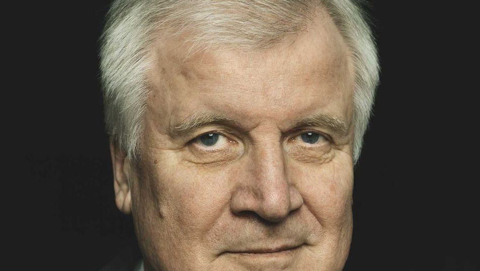 """Bavarian Governor Horst Seehofer: """"If we allow another million refugees to come this year, we will reach the limits of our capacities."""""""