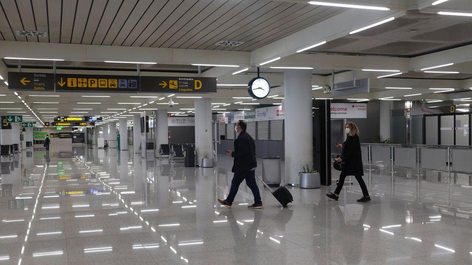 Flughafen Palma de Mallorca (Archivbild): Keine Einreise für Touristen