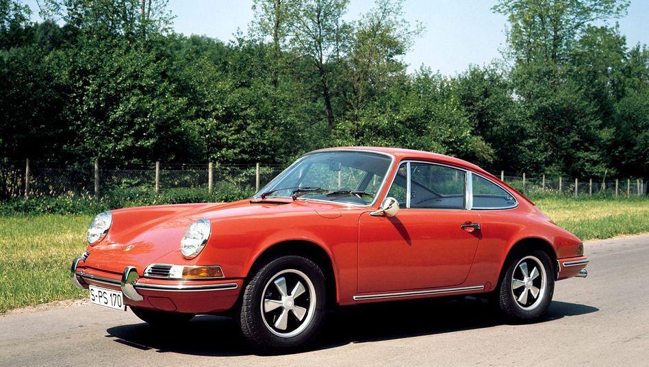 Porsche 911 (Modelljahr 1969): Schnell und schön war er immer - doch das alleine hätte wohl nicht ausgereicht, um den Elfer zu einer Sportwagenlegende zu machen.