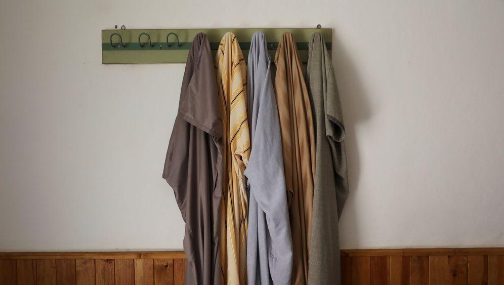 Ripoll: Zwei Zimmer, Küche, Bad - und Koran