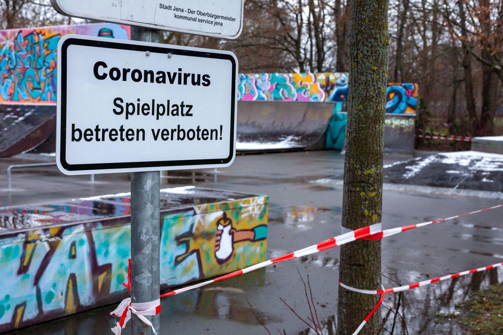 Geschlossene Spielplätze während des Lockdowns - Die Schließung der Spielplätze während des Lockdowns dauert in Jena we