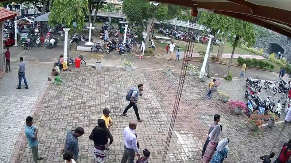 Mutmaßlicher Selbstmordattentäter mit Rucksack