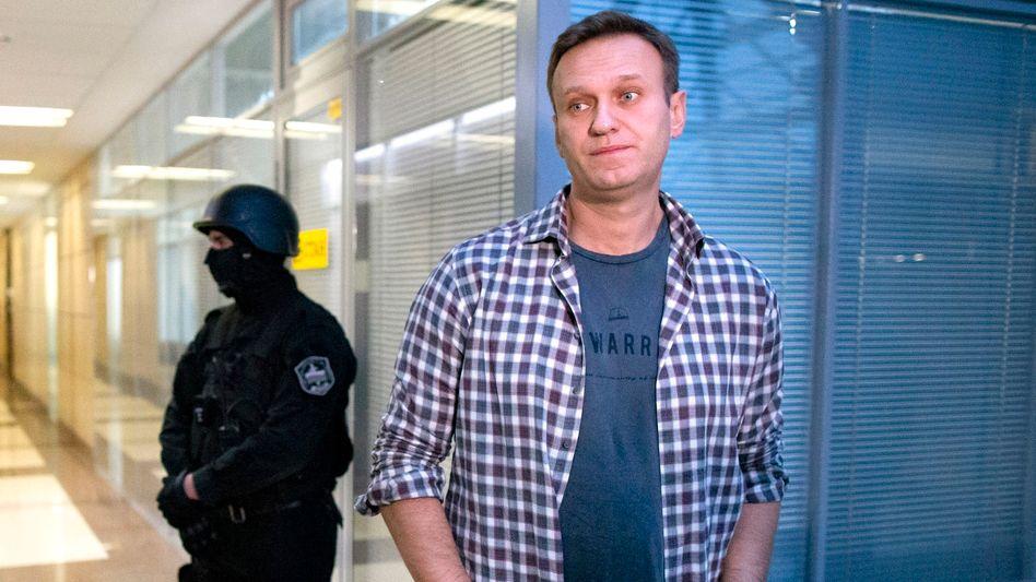 Alexej Nawalny bei einem Termin im Büro der Anti-Korruptions-Stiftung in Moskau (2019)
