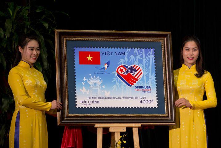 Briefmarke zum Anlass des Gipfels in Hanoi