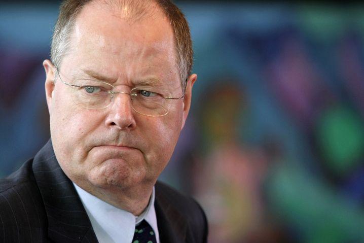 Finanzminister Steinbrück: Schulden über Schulden