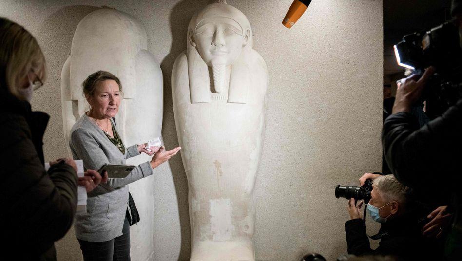 """Museumsdirektorin Seyfried am Mittwoch im Neuen Museum, Beschädigung an einem Sarkophag: """"Es geht hier wirklich ans Eingemachte"""""""