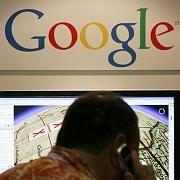 Google-Landkarte: Ein Besucher der Fachmesse Siggraph orientiert sich in San Diego