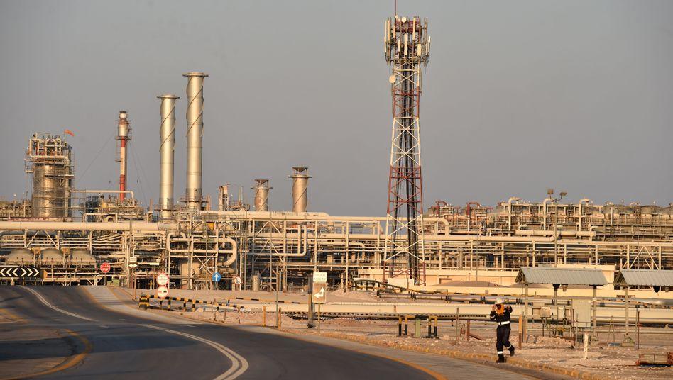 Anlage von Saudi-Aramco in Saudi-Arabien: Aufruf zu Dringlichkeitstreffen der Opec+