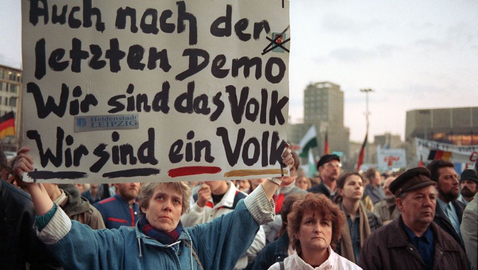 Montagsdemonstration in Leipzig (1990)