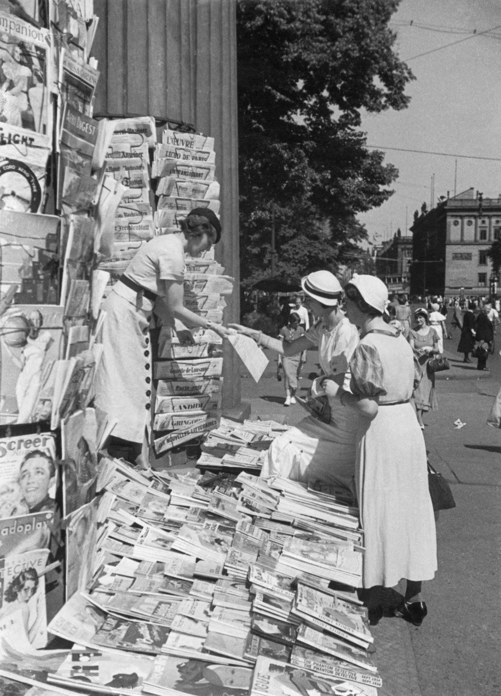 Zeitungskiosk mit internationaler Presse am Leipziger Platz