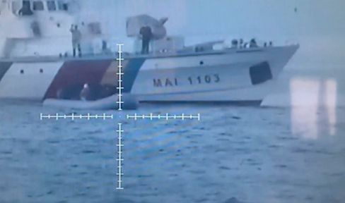 Frontex-Schiff in der Ägäis: Alltäglicher Rechtsbruch (Ausschnitt aus Video der türkischen Küstenwache)