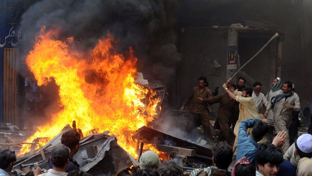 Nach Blasphemievorwurf: Marodierende Demonstranten in Lahore