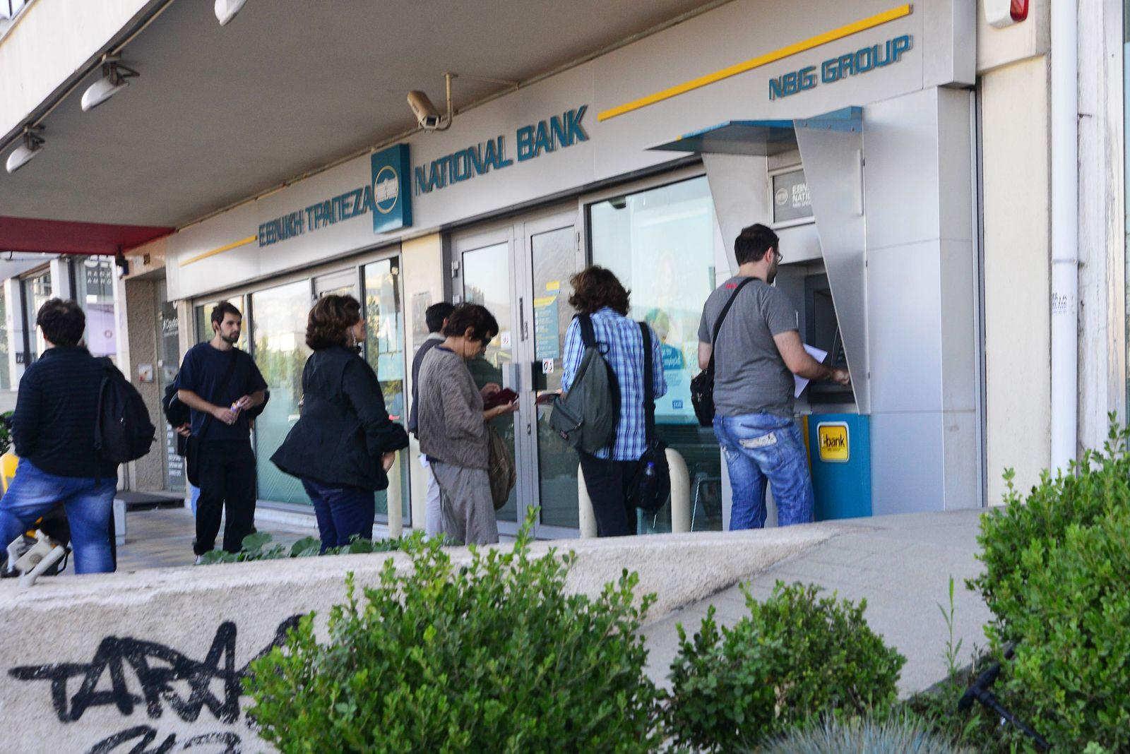 EINMALIGE VERWENDUNG Griechenland/ Geldautomat