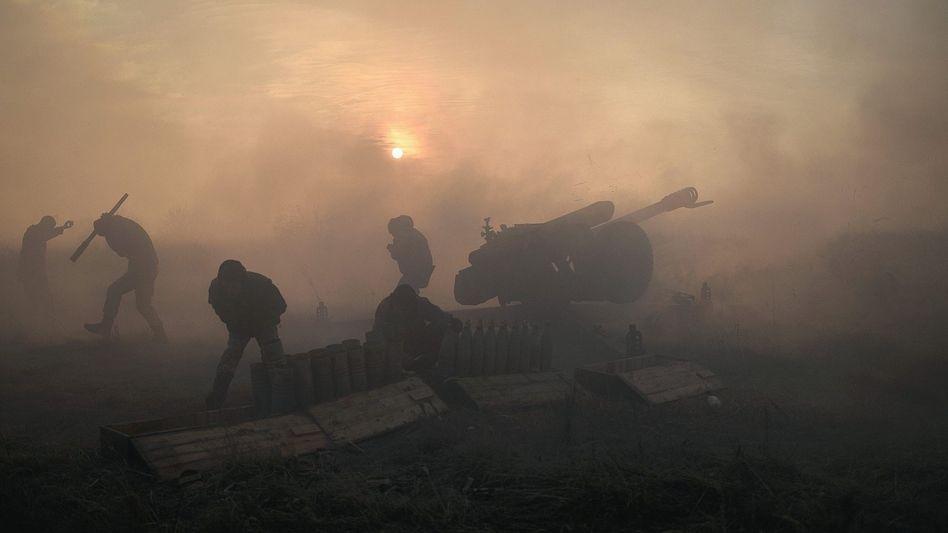 Ukrainische Soldaten an der Front nahe Donezk