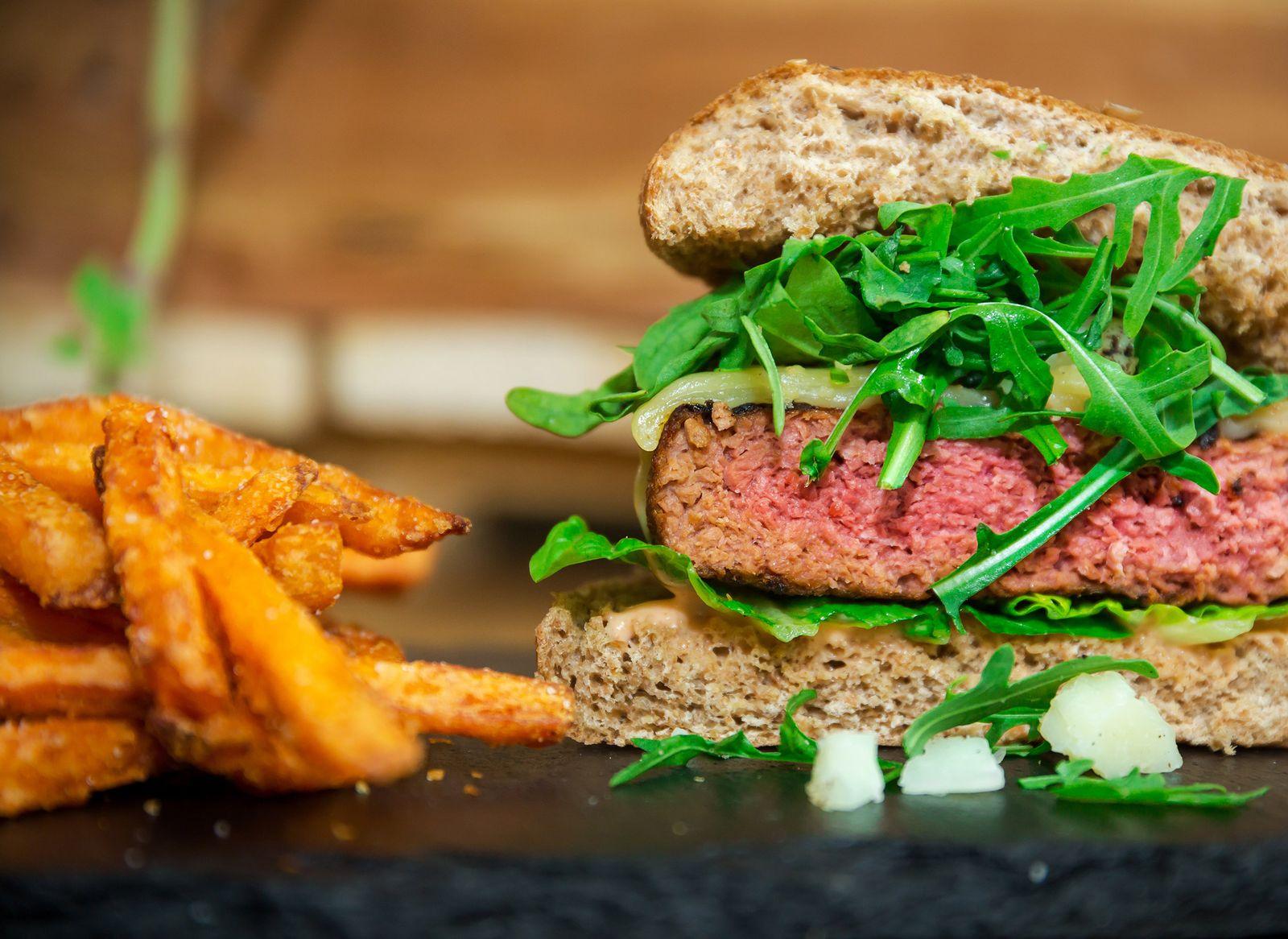 Authentischer Patty für Burger-Liebhaber ist rein pflanzlich