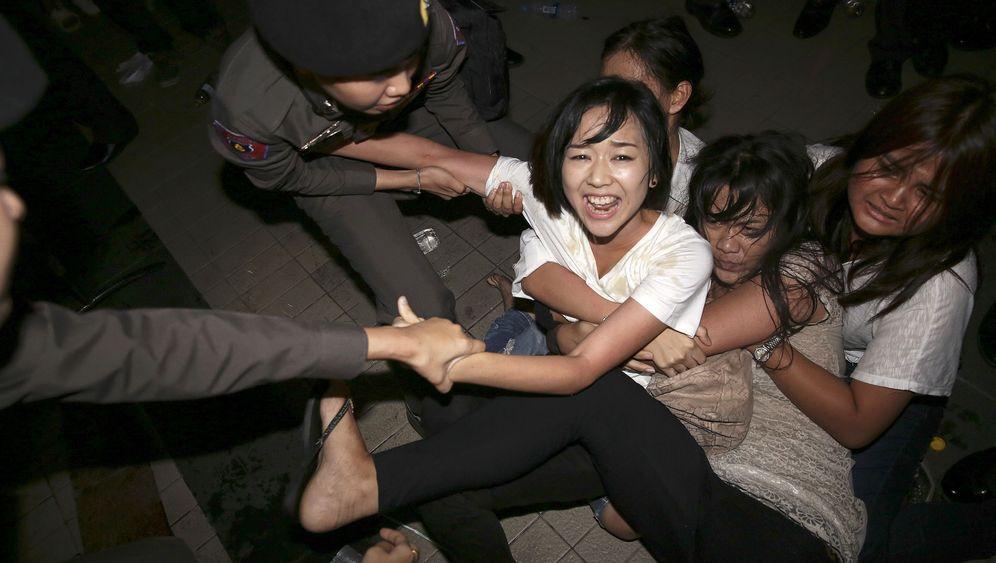 Studenten in Thailand: Erst Demo, dann Horrorknast